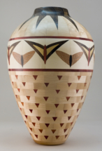 zbik_1_butterfly-vase